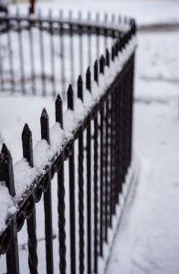 Important Considerations When Choosing A Security Fence