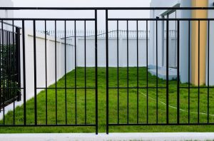 How To Rid Your Iron Fence Of Rust